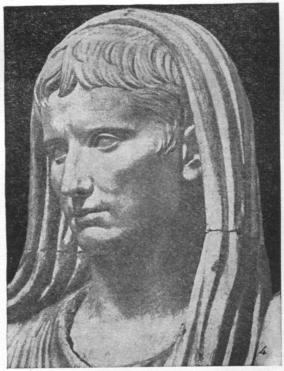 Голова статуи августа музей терм в